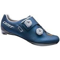 DMT D1 cycling shoes
